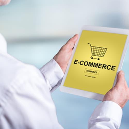 Acquisti online, ai consumatori mancano servizi ed esperienza d'acquisto