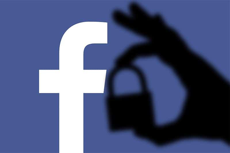 Farmacia e Social Network: necessario esserci ma con qualche cautela