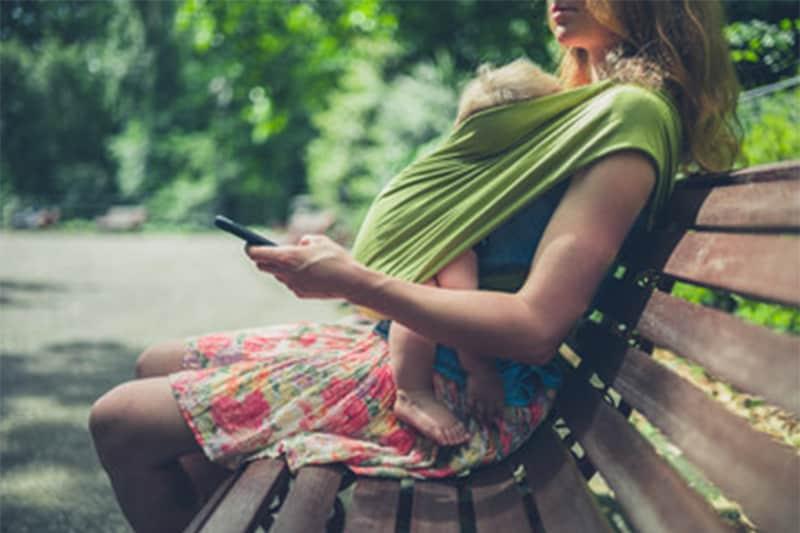 Le mamme della Generazione Z: sempre connesse e orientate all'acquisto di brand sostenibili