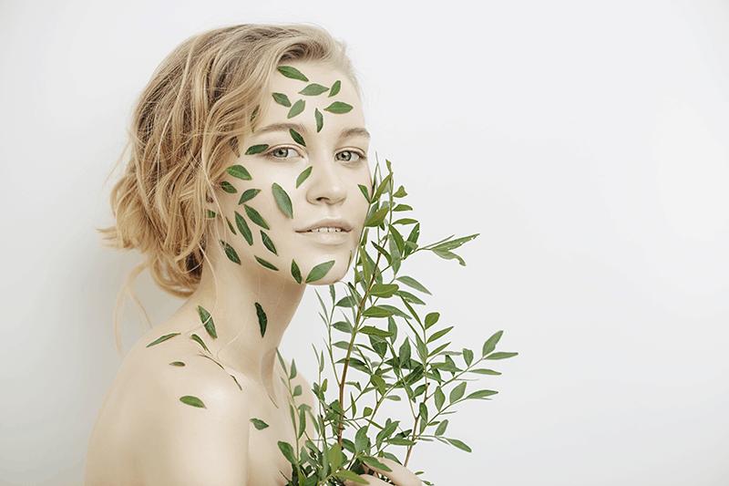 Ingredienti dal food e attenzione all'ambiente, ecco i trend beauty per il prossimo futuro