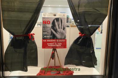 La farmacia in campo contro la violenza sulle donne