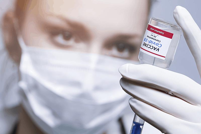 Vaccinazioni Covid-19 in farmacia: Piemonte e Lombardia siglano l'accordo