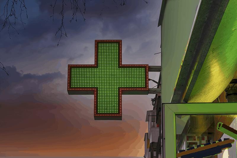 Farmacia, ultimi 7 giorni: il confronto con il 2020 è negativo, pesa l'effetto stockpiling di inizio pandemia