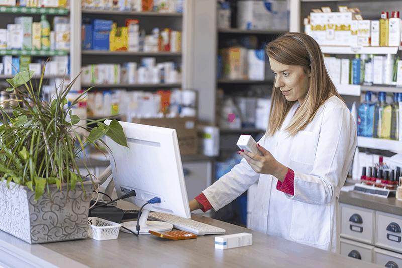 Tra pandemia e new normal, come si informano i farmacisti? L'indagine.